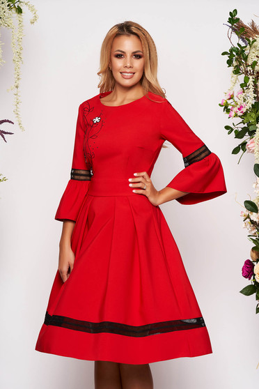 Red dress elegant midi cloche with bell sleeve with 3/4 sleeves with rounded cleavage