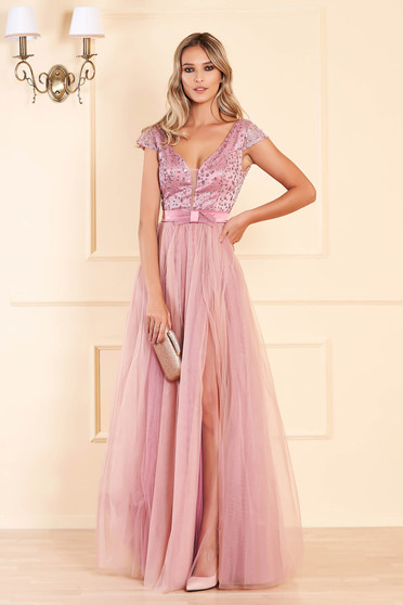 Lightpink occasional long cloche dress bareback with push-up cups with v-neckline with sequin embellished details