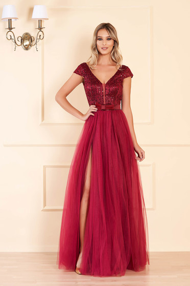 Fuchsia occasional long cloche dress bareback with push-up cups with v-neckline with sequin embellished details
