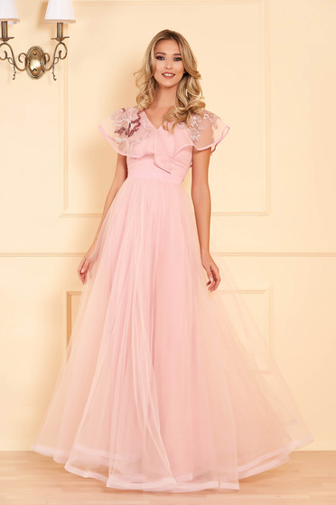 StarShinerS lightpink occasional long dress from tulle with v-neckline frilly trim around cleavage line