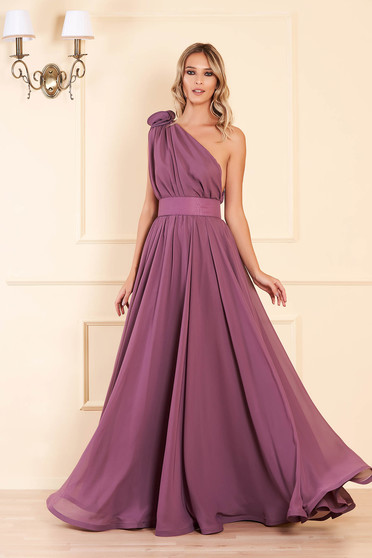 Ana Radu lightpurple cloche dress from veil fabric accessorized with tied waistband long one shoulder luxurious