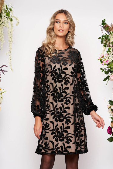 Black dress occasional short cut flared long sleeved with sequin embellished details with inside lining