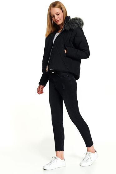 Black jacket casual short cut from slicker the jacket has hood and pockets
