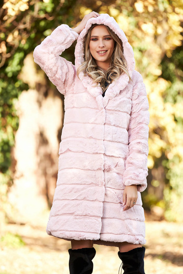 Lightpink elegant ecological fur with inside lining with pockets