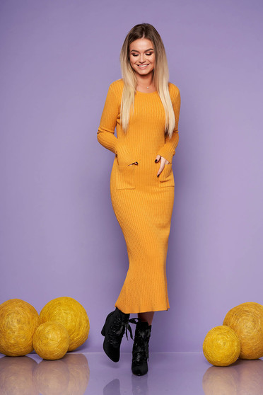 Mustard daily long dress knitted fabric with tented cut