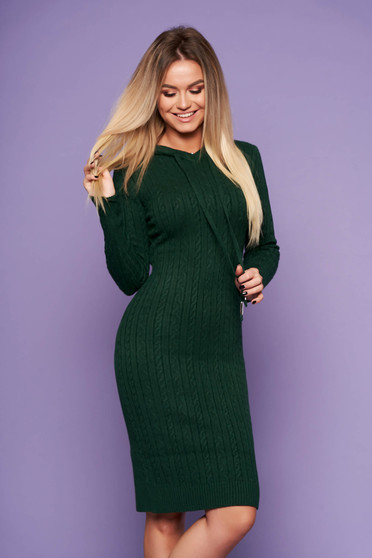 Darkgreen daily dress with tented cut knitted fabric long sleeved