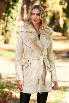 Cream casual jacket from velvet fabric with inside lining fur collar with pockets