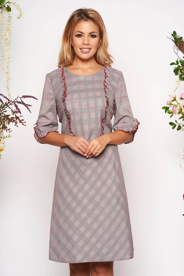 Grey dress daily with 3/4 sleeves slightly elastic fabric with ruffle details