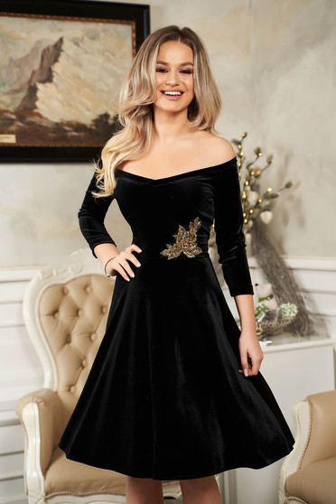 StarShinerS black dress from velvet flaring cut naked shoulders occasional with sequin embellished details