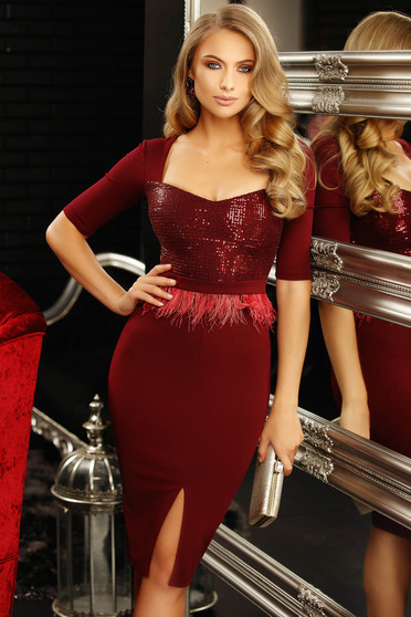 Raspberry occasional dress with tented cut with deep cleavage with sequin embellished details