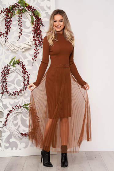 Brown dress elegant short cut pencil knitted from striped fabric voile overlay folded up