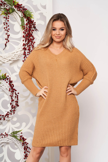 Brown dress casual midi straight knitted fabric with v-neckline long sleeved