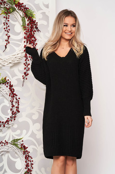 Black dress casual midi straight knitted fabric with v-neckline long sleeved