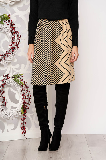 Skirt StarShinerS cream flaring cut with geometrical print slightly elastic fabric pressure-free border