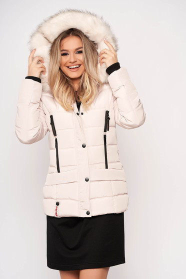 Cream jacket casual short cut from slicker detachable hood with pockets with furry hood