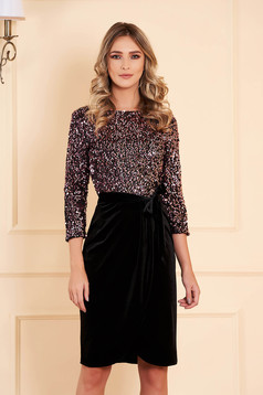Dress StarShinerS pink occasional straight short cut velvet with sequins accessorized with tied waistband