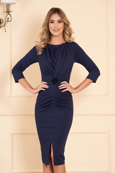 Dress darkblue occasional pencil midi jersey accessorized with breastpin with 3/4 sleeves