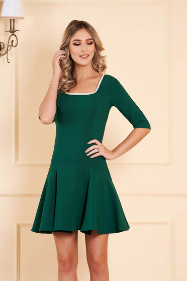 Dress green occasional flaring cut short cut slightly elastic fabric with 3/4 sleeves