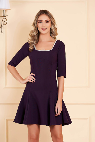 Dress purple occasional flaring cut short cut slightly elastic fabric with 3/4 sleeves