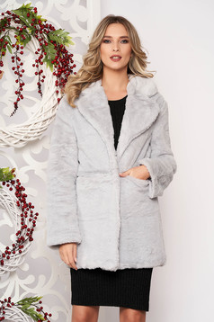 Fur grey with pockets long sleeved with button accessories