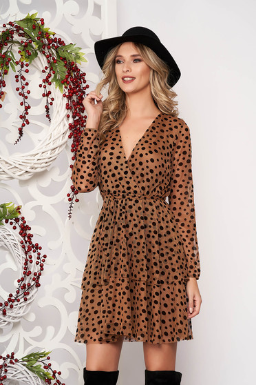 Dress brown elegant short cut cloche from veil fabric dots print with push-up cups with v-neckline accessorized with tied waistband