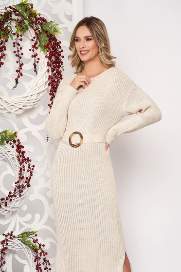 Dress cream knitted fabric accessorized with tied waistband long sleeved buckle accessory