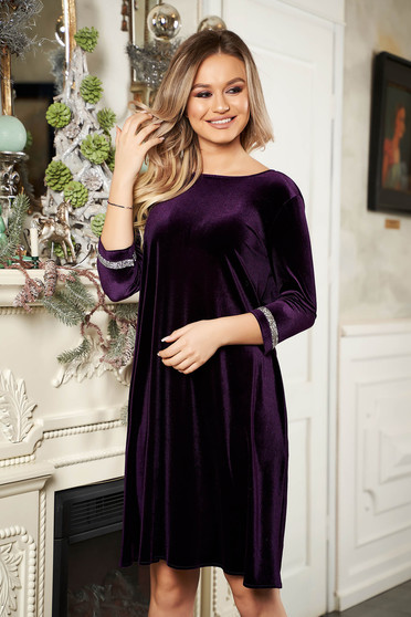 StarShinerS purple dress occasional from velvet neckline with 3/4 sleeves short cut flared with crystal embellished details