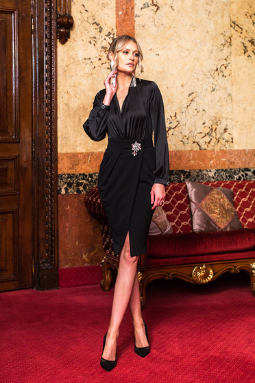 Black skirt wrap around occasional high waisted accessorized with breastpin pencil