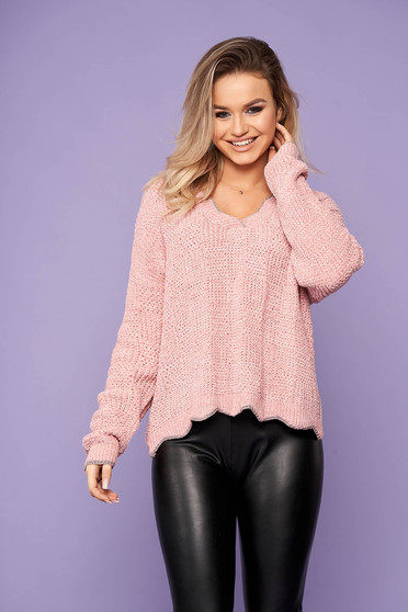 Pink sweater casual short cut with v-neckline flared knitted