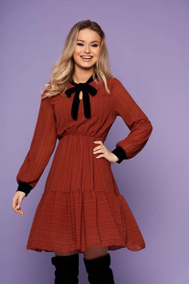 Bricky dress elegant short cut cloche long sleeved with elastic waist velvet insertions