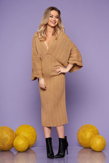 Cappuccino dress daily midi straight knitted fabric with v-neckline large sleeves