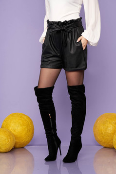 Short black casual from ecological leather high waisted with pockets