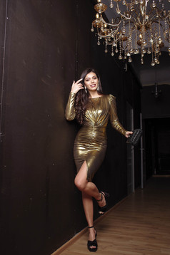Dress gold occasional long sleeved from wrinkled fabric high shoulders slit pencil