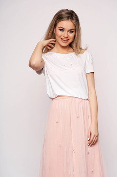 Casual white t-shirt with pearls short sleeves