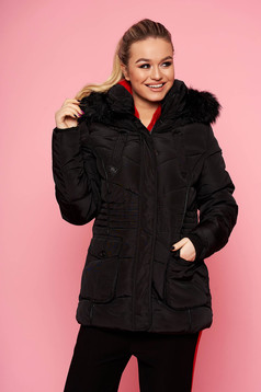 Black jacket short cut casual from slicker with pockets with furry hood