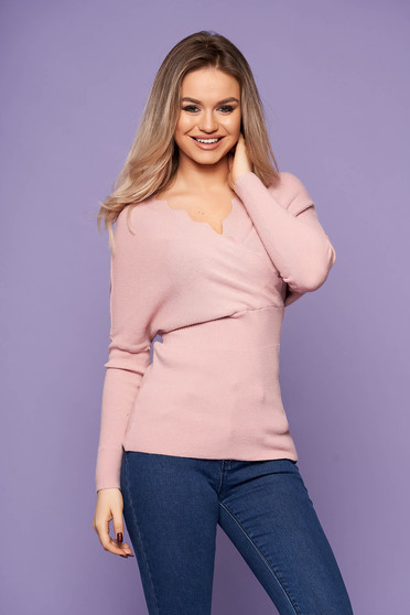 Lightpink women`s blouse casual short cut with v-neckline knitted arched cut long sleeved