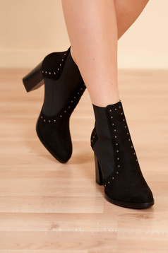 Ankle boots black elegant from ecological leather chunky heel slightly round toe tip with metallic spikes