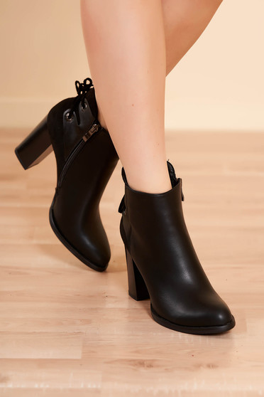 Ankle boots black elegant from ecological leather chunky heel slightly round toe tip zipper fastening