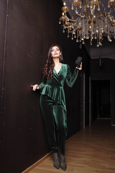 Green jumpsuit occasional clubbing velvet with v-neckline wrap over front long sleeved
