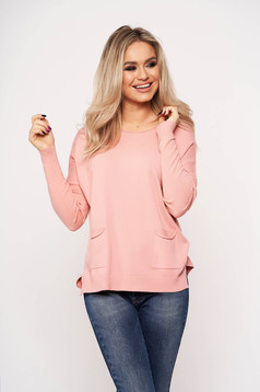 Pink women`s blouse with pockets with round collar casual thin fabric