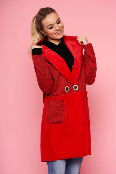 Red trenchcoat casual straight with undetachable hood with faux fur details