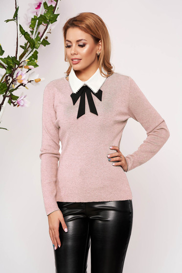 Pink women`s blouse knitted arched cut detachable collar short cut elegant