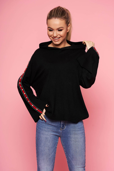 Black sweater casual with easy cut with undetachable hood knitted without clothing