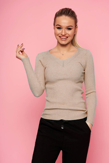 Cappuccino sweater casual short cut tented with v-neckline long sleeved knitted