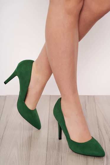 Green shoes elegant from velour slightly pointed toe tip with high heels
