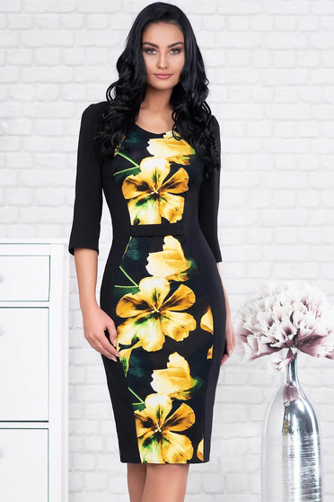 Yellow dress office midi cloth with 3/4 sleeves accessorized with belt