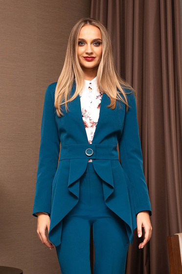 Turquoise jacket elegant tented accessorized with belt