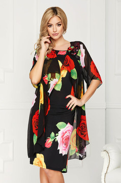 Black dress elegant midi straight from veil fabric with flower shaped brestpin with floral print