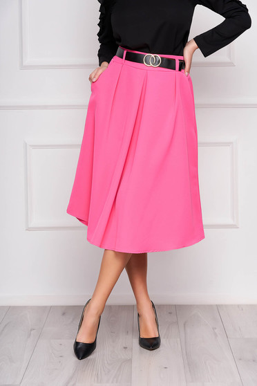 Pink skirt cloche midi office accessorized with belt with pockets pleats of material