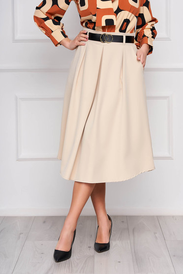 Cream skirt cloche midi office accessorized with belt with pockets pleats of material